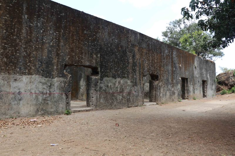 ghodbunder fort rooms2