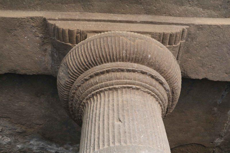 Elephanta column