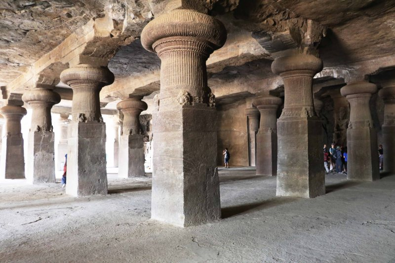 elephanta columns