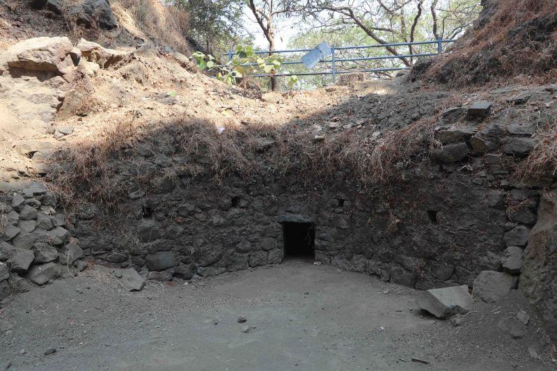 elephanta old fortification