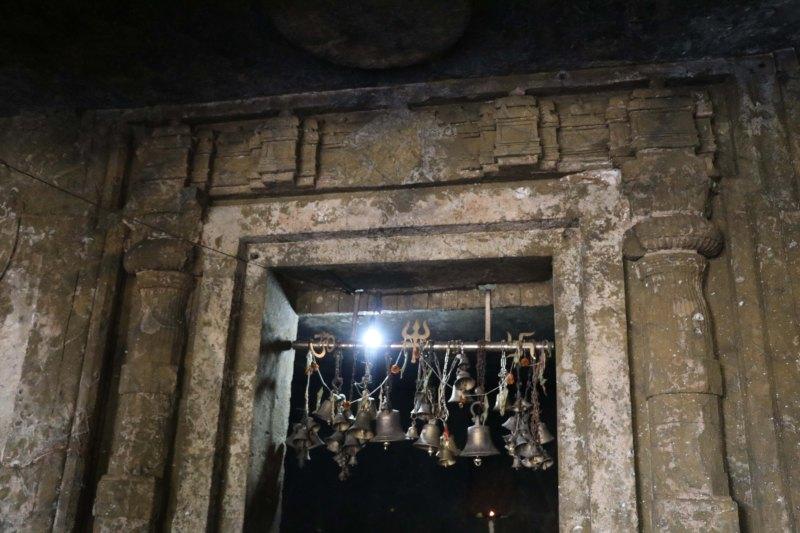 mandapeshwar door