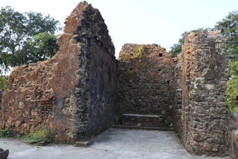 mandapeshwar altar ruins