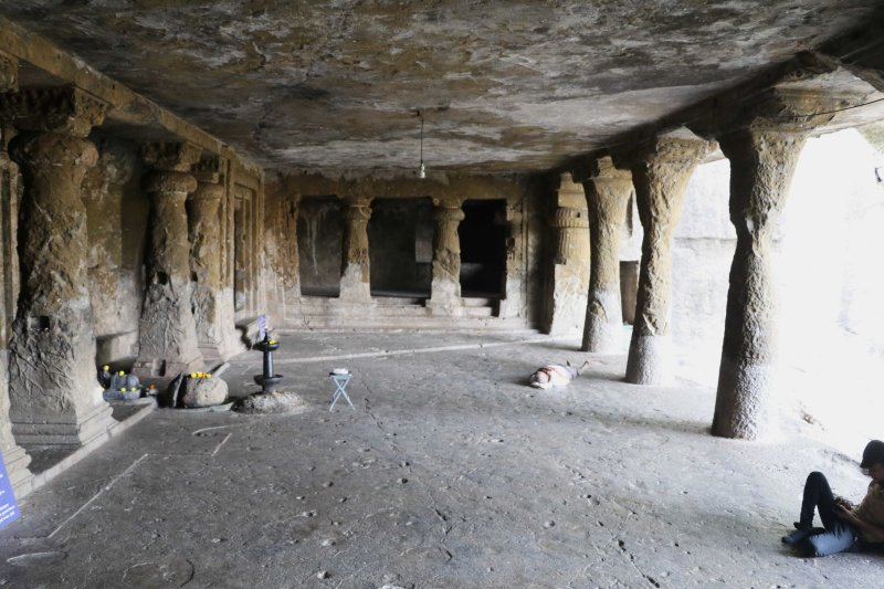 mandapeshwar hall